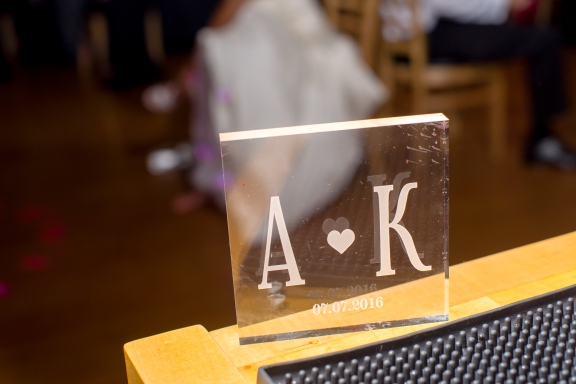 Goji Asian Bistro, Cary, NC: Etched plexiglas cake topper for a modern touch